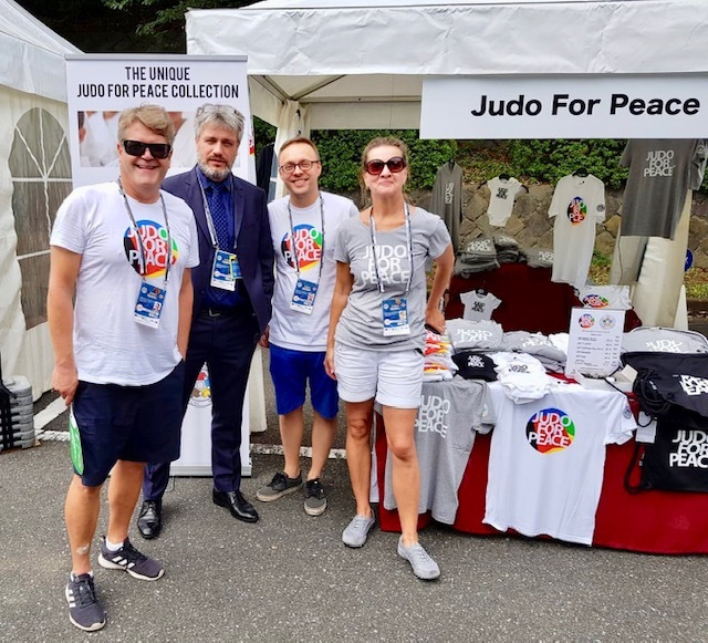 JudoforPeace_team_Nicholas_Messner_Tokyo_JudoWorldChampionships_2019_JFP_stand_www.judoforpeace.net_20190826